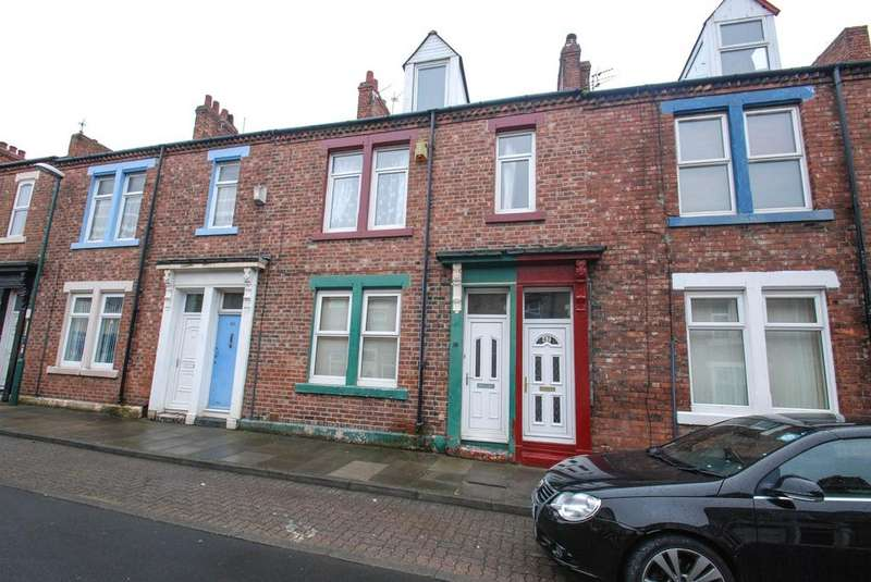 5 Bedrooms Maisonette Flat for sale in Eglesfield Road, South Shields