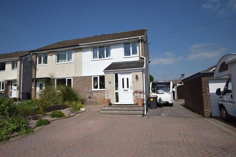 3 Bedrooms Semi Detached House for sale in Greggs Avenue, Chapel-En-Le-Frith, High Peak