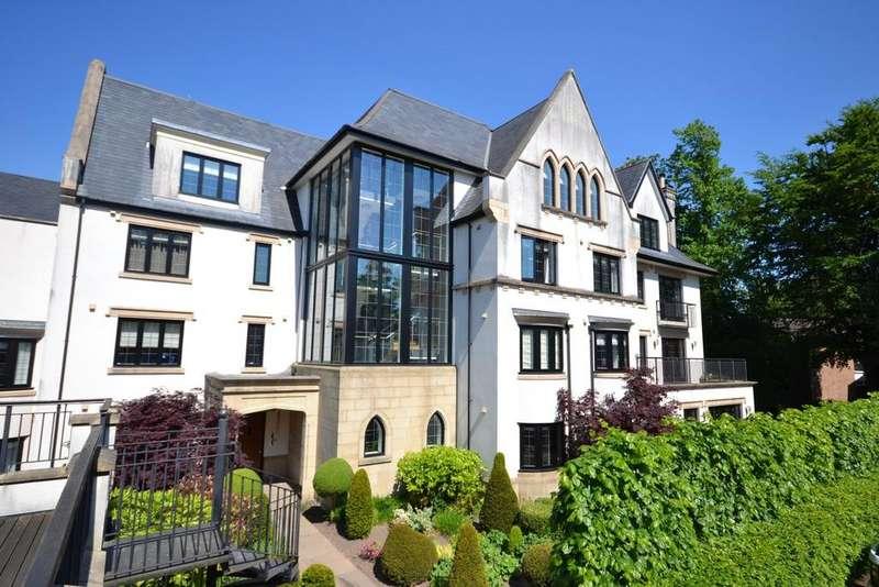 3 Bedrooms Apartment Flat for sale in 9 Oak Bank, Brook Lane, Alderley Edge, SK9