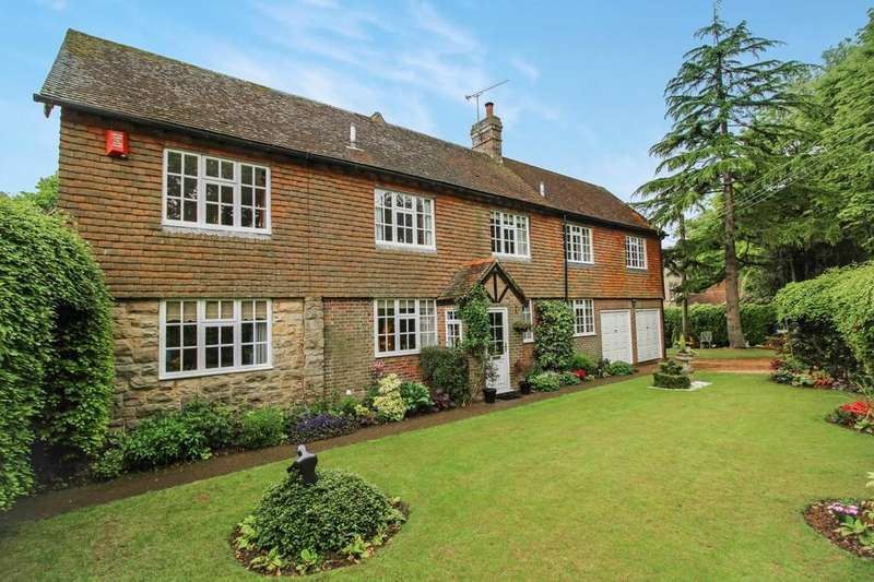 5 Bedrooms Detached House for sale in Granary Cottage, Staplefield Road, Cuckfield, RH17