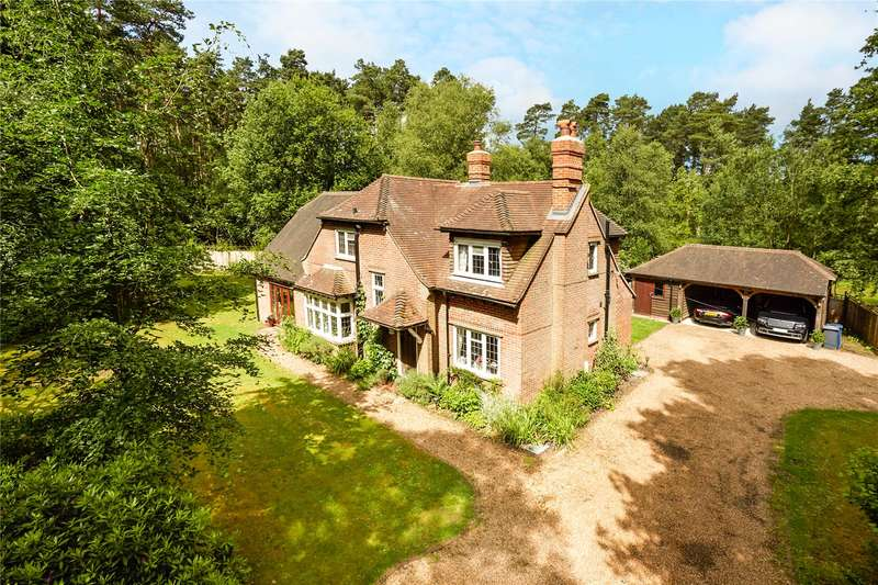 4 Bedrooms Detached House for sale in Thursley Road, Elstead, Godalming, Surrey, GU8
