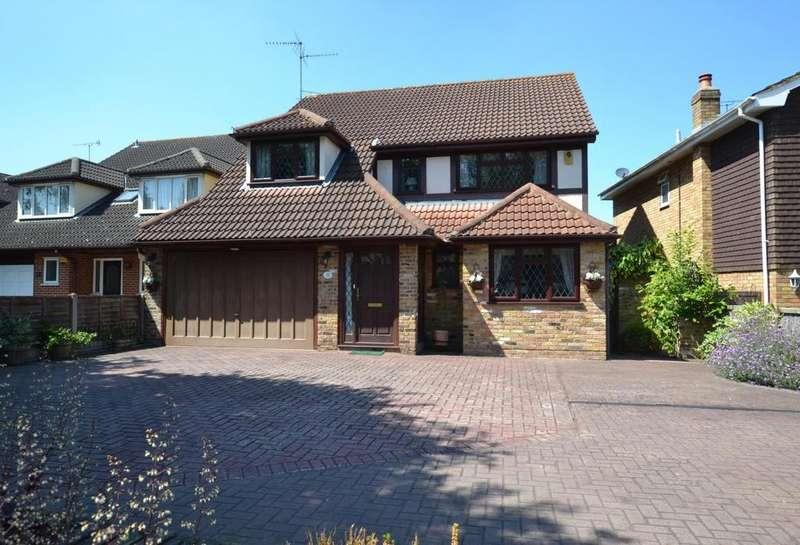 5 Bedrooms Detached House for sale in Norsey Road, Billericay, Essex, CM11