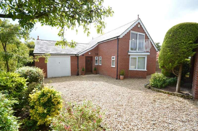 3 Bedrooms Bungalow for sale in The Haynings, Stonehill Close, Appleton, Warrington