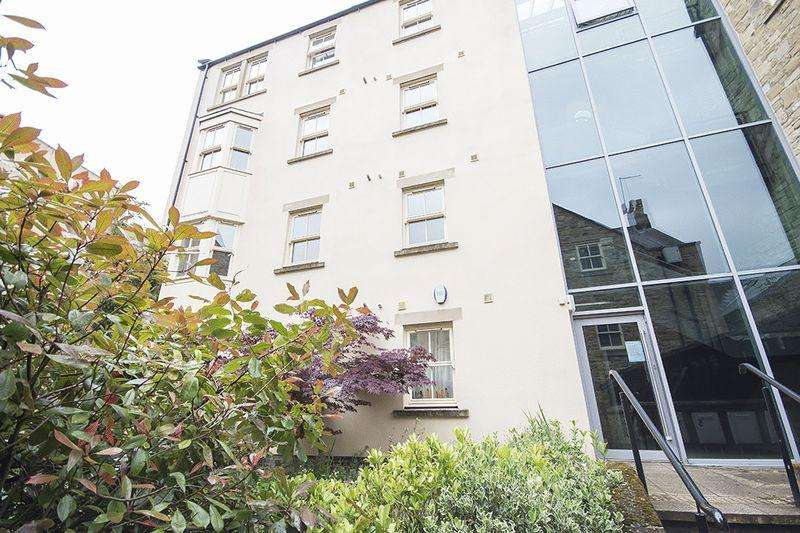 2 Bedrooms Apartment Flat for sale in Hotspur Court, Alnwick
