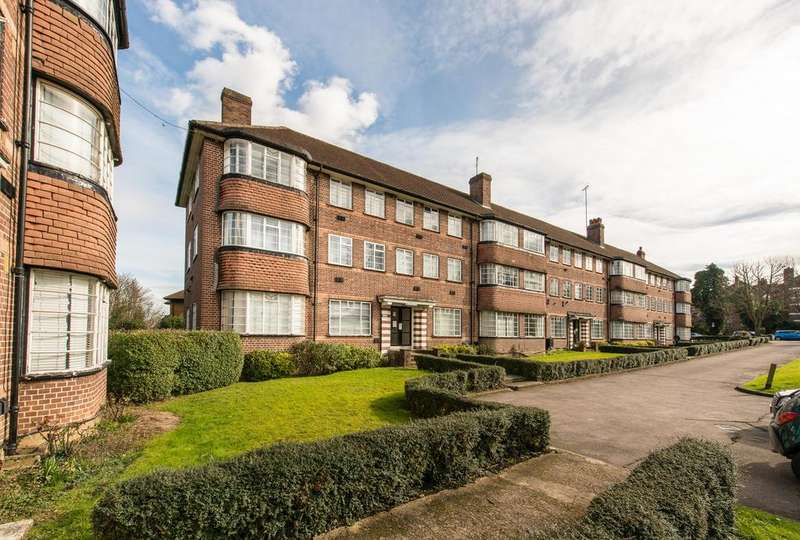 2 Bedrooms Flat for sale in Hill Court, Hanger Lane, Ealing