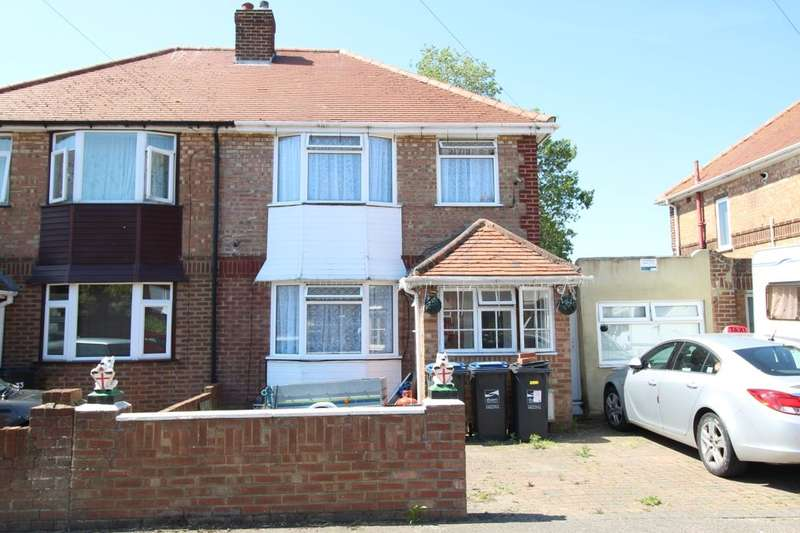 4 Bedrooms Semi Detached House for sale in Bursill Crescent, Ramsgate, CT12