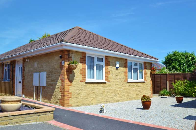 3 Bedrooms Retirement Property for sale in Bournemouth