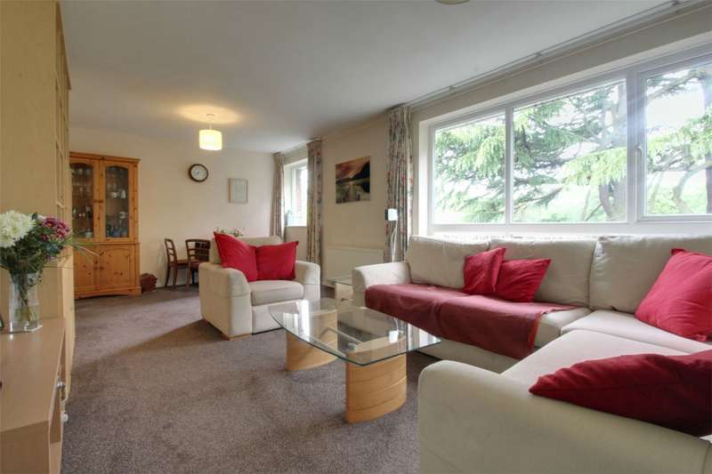 2 Bedrooms Flat for sale in Lloyd Square, 12 Niall Close, Edgbaston, West Midlands