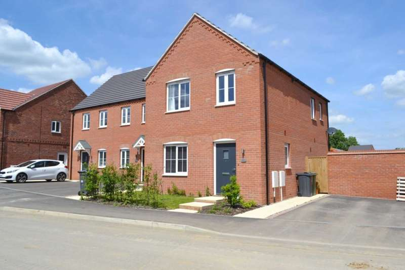 3 Bedrooms Detached House for sale in Kendle Road, Swaffham
