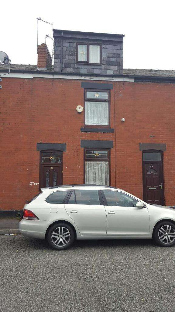 4 Bedrooms Terraced House for sale in Hector Avenue, Rochdale, Lancashire, OL16 2LE