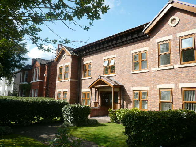 2 Bedrooms Apartment Flat for sale in York Rd, Formby, L37 8DN