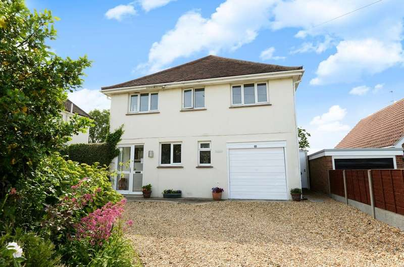 4 Bedrooms Detached House for sale in Southdean Drive, Middleton On Sea, Bognor Regis, PO22