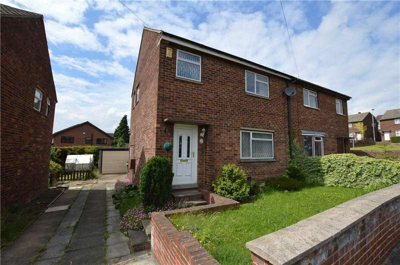 3 Bedrooms Semi Detached House for sale in Highfield Drive, Wakefield, West Yorkshire