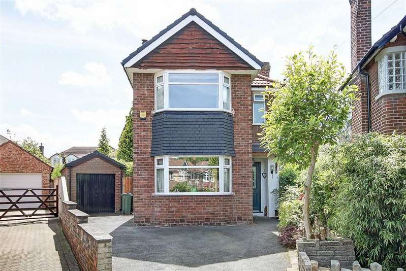 3 Bedrooms Detached House for sale in Drayton Grove, Timperley, Cheshire