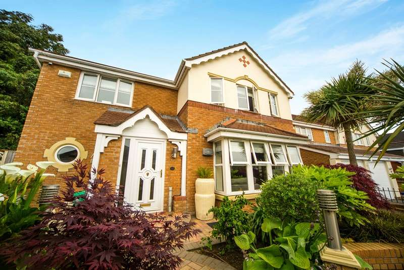 4 Bedrooms Detached House for sale in Dannog Y Coed, Barry