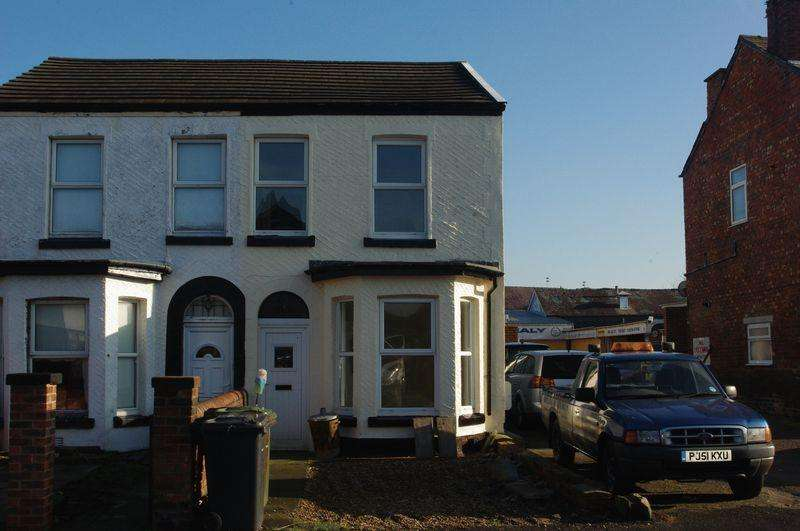 3 Bedrooms Semi Detached House for sale in 143 High Park Road, Southport