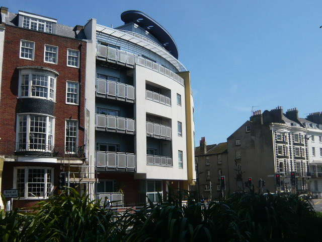 2 Bedrooms Flat for rent in Royal View, Brighton