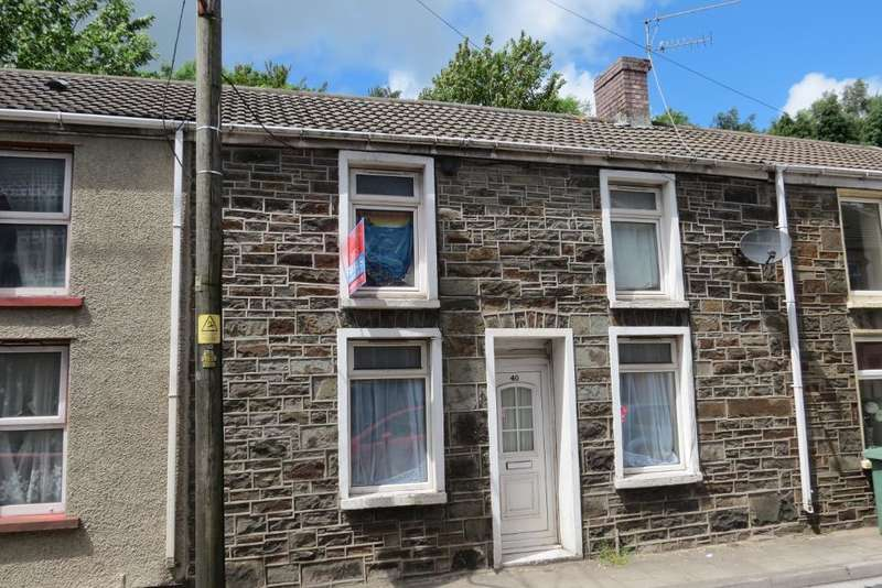 3 Bedrooms Terraced House for sale in Ffochaman Road, Cwmaman, Aberdare, CF44 6NG