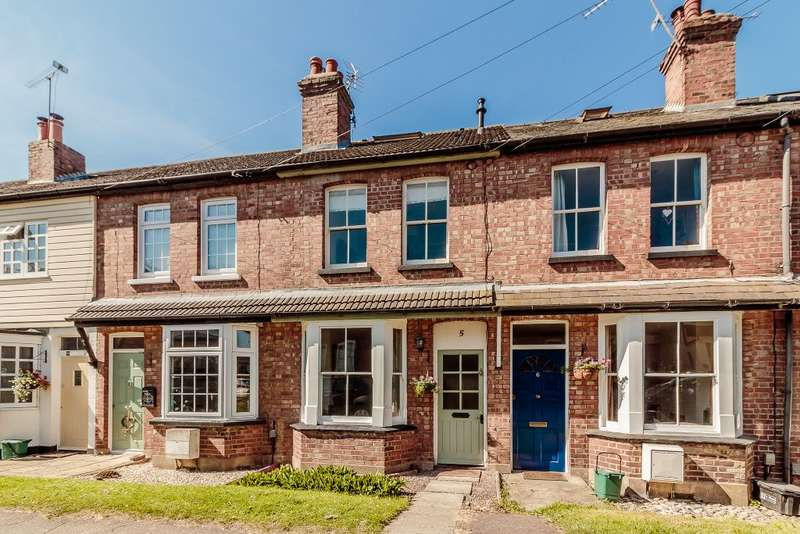 3 Bedrooms Terraced House for sale in Batford Road, Harpenden, Hertfordshire AL5 5AX