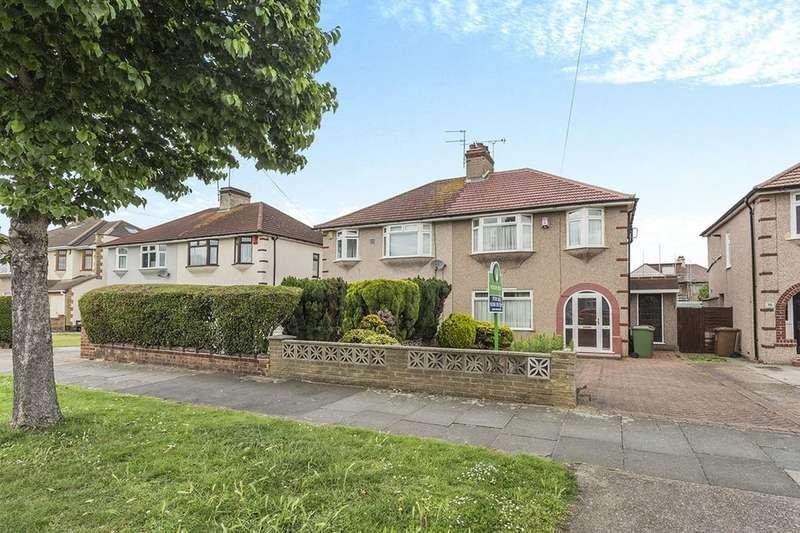 3 Bedrooms Semi Detached House for sale in Little Heath Road, Bexleyheath, DA7