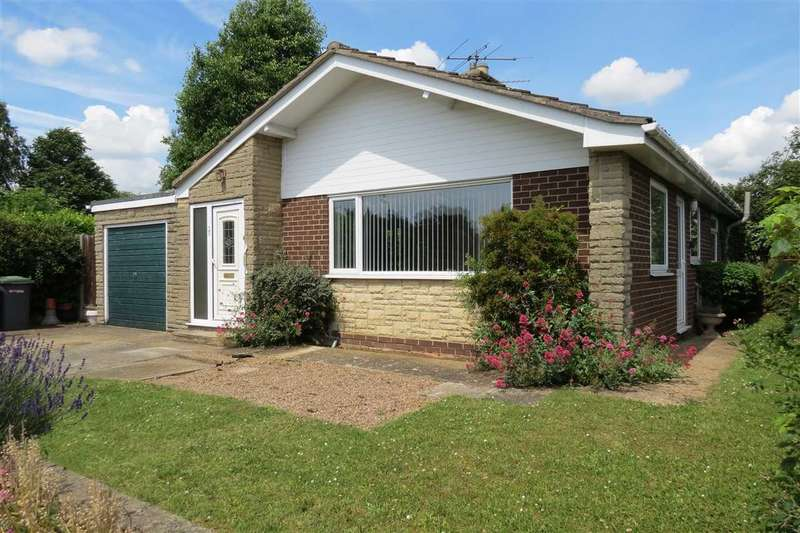 3 Bedrooms Detached Bungalow for sale in Ancaster Drive, Sleaford