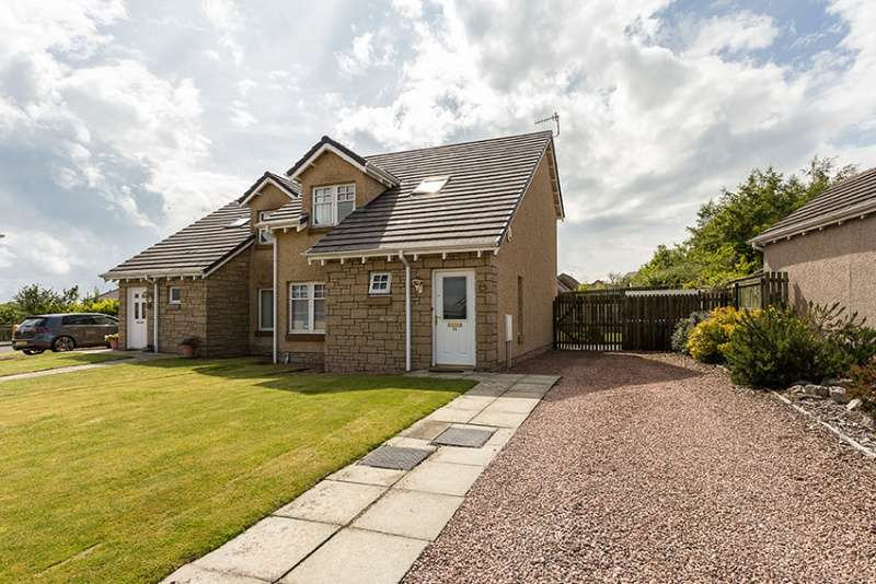 3 Bedrooms Semi-detached Villa House for sale in Ballumbie Drive, Dundee, DD4 0NP