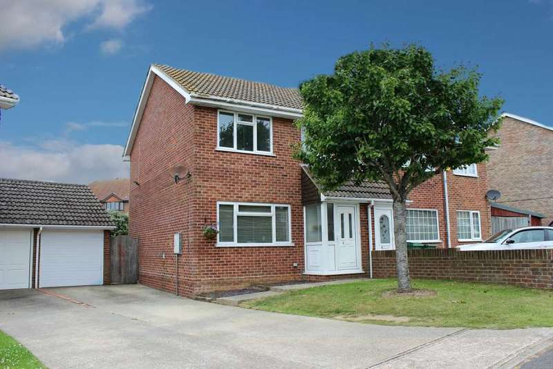 3 Bedrooms Semi Detached House for sale in Stanley Road, Peacehaven