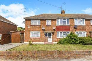 2 Bedrooms Maisonette Flat for sale in St. Georges Avenue, Sheerness, Kent
