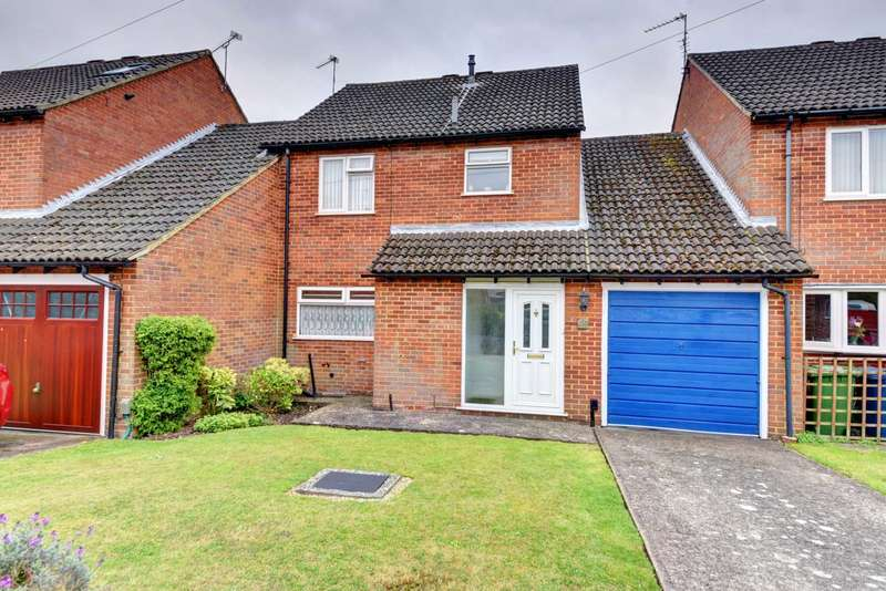 4 Bedrooms Link Detached House for sale in Stapleton Close, Marlow