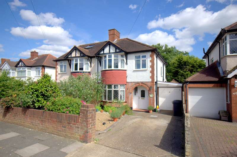 3 Bedrooms Semi Detached House for sale in Tolworth