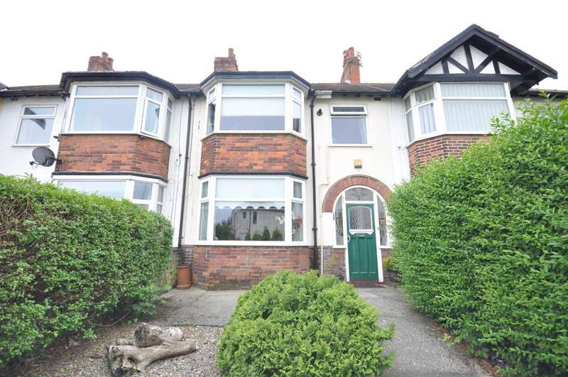3 Bedrooms Terraced House for sale in Links Road, Blackpool, Lancashire, FY1 2RU