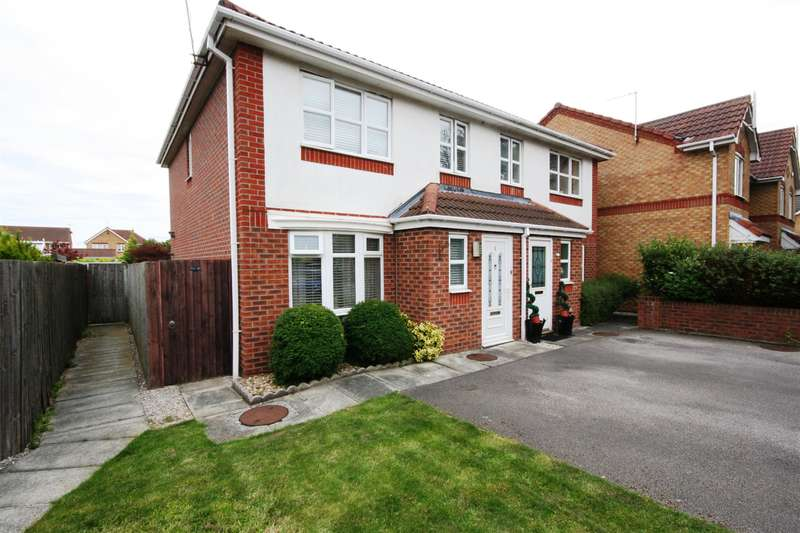 3 Bedrooms Semi Detached House for sale in Springdale Close, Moreton, Wirral, CH46 9SJ