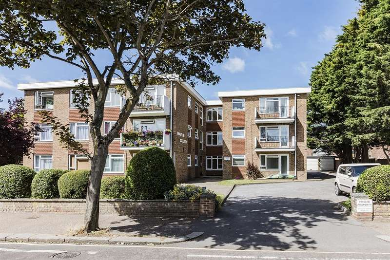 1 Bedroom Flat for sale in Maple Court, Wallace Avenue, West Worthing, BN11 5PZ