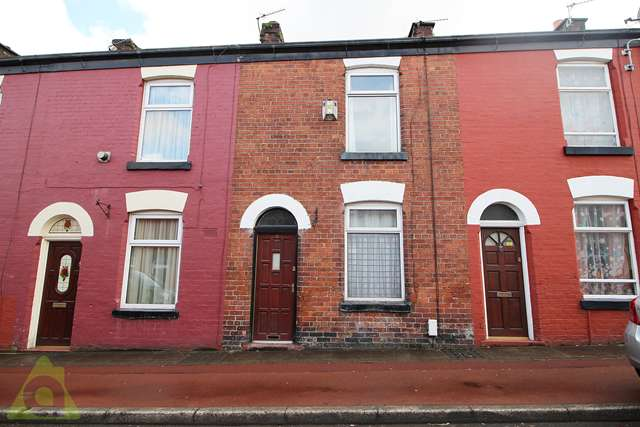 2 Bedrooms Terraced House for sale in Bowen Street, Bolton BL1 5JW