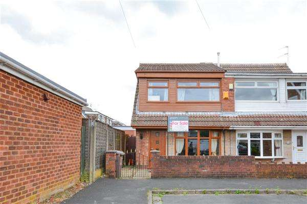 3 Bedrooms Semi Detached House for sale in Lilac Grove, Haydock