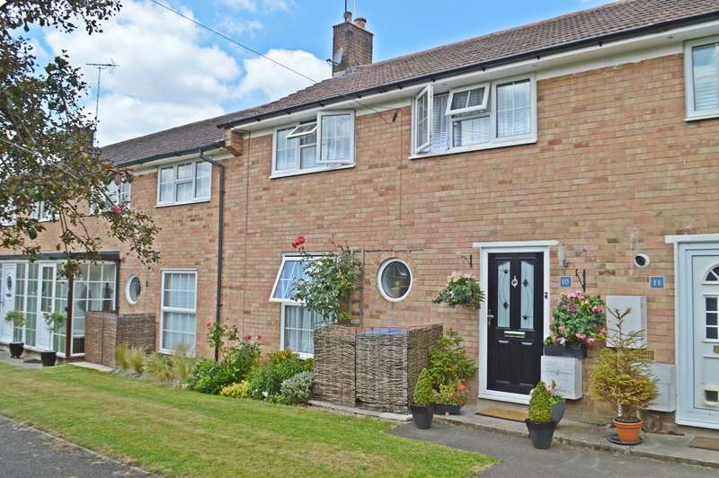 3 Bedrooms Terraced House for sale in The Pastures, Welwyn Garden City, AL7