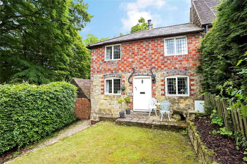 2 Bedrooms Semi Detached House for sale in Camelsdale Road, Haslemere, Surrey, GU27