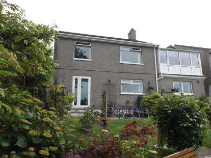 House for sale in Helston, Cornwall