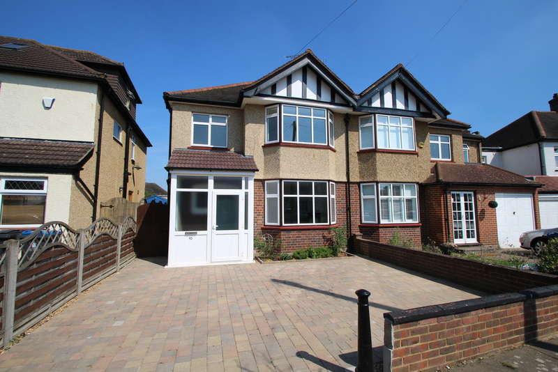 3 Bedrooms Semi Detached House for sale in Ruston Avenue, Surbiton