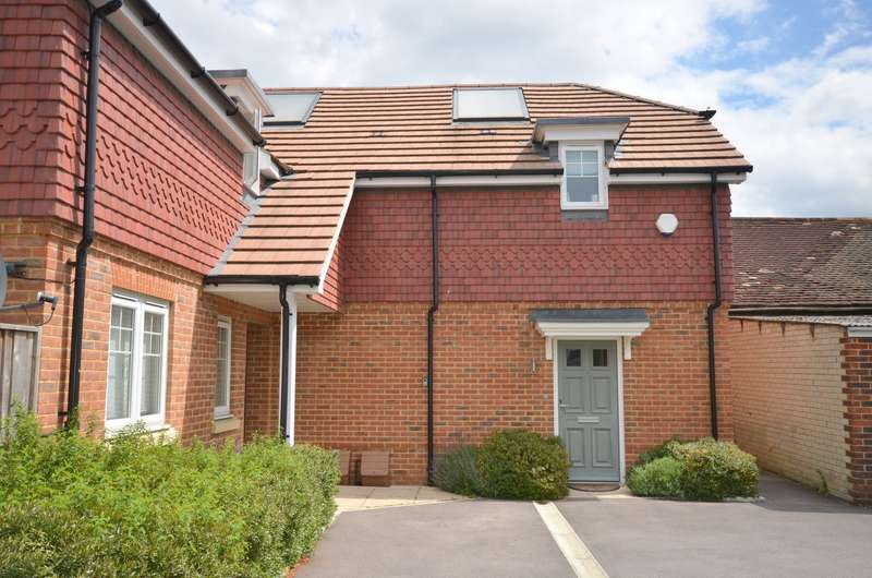 2 Bedrooms Semi Detached House for sale in Shalford