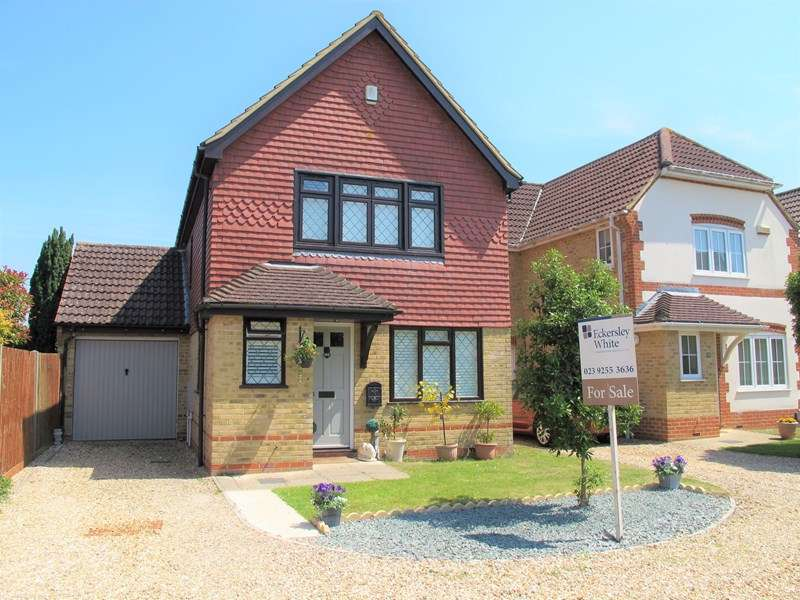 3 Bedrooms Detached House for sale in Summerleigh Walk, Stubbington, Fareham