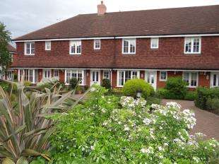 3 Bedrooms Terraced House for sale in Woolmer Close, Canterbury, Kent