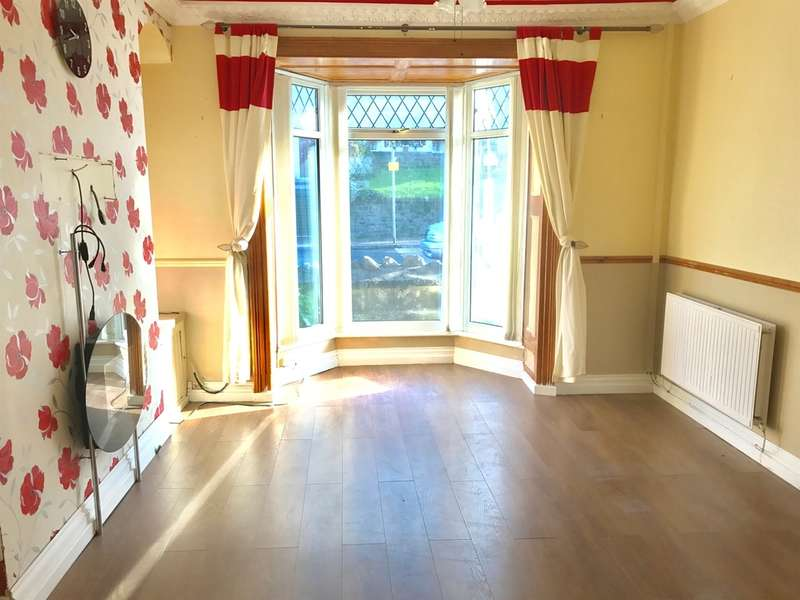 3 Bedrooms Terraced House for sale in Neath Road, Briton Ferry, Neath