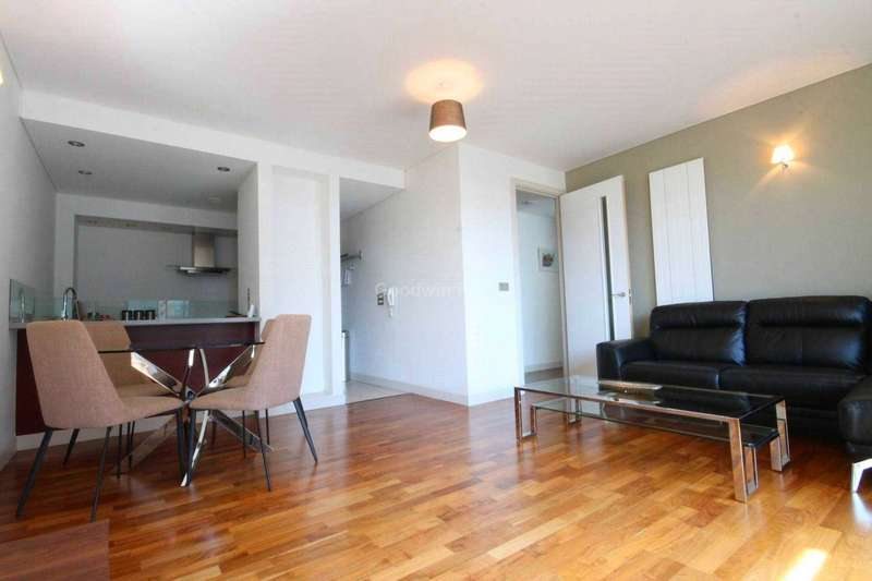 2 Bedrooms Apartment Flat for rent in 12 Leftbank, Spinningfields