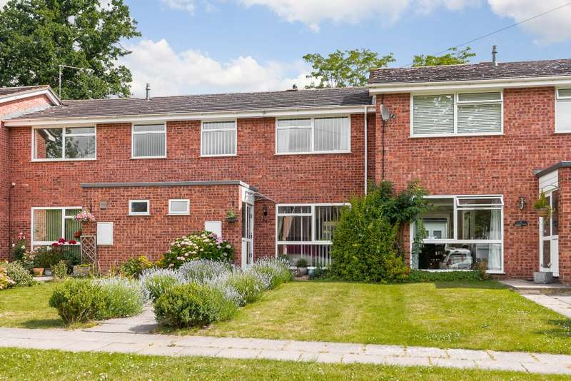 3 Bedrooms Terraced House for sale in Ottershaw