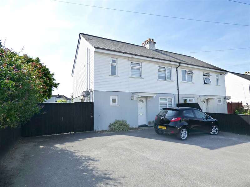 3 Bedrooms Semi Detached House for sale in SPACIOUS THREE BEDROOM SEMI-DETACHED HOUSE IN POOLE WITH AMPLE PARKING AND LARGE GARDEN