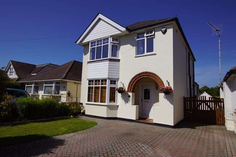 4 Bedrooms Detached House for sale in Bright Road, Oakdale, Poole