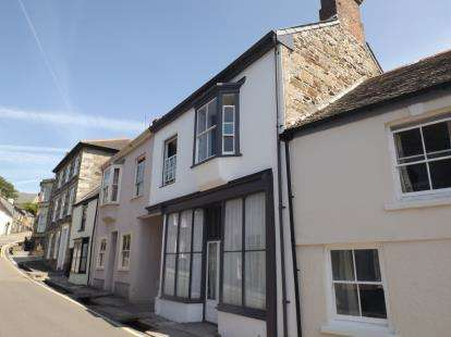 2 Bedrooms Cottage House for sale in Helston