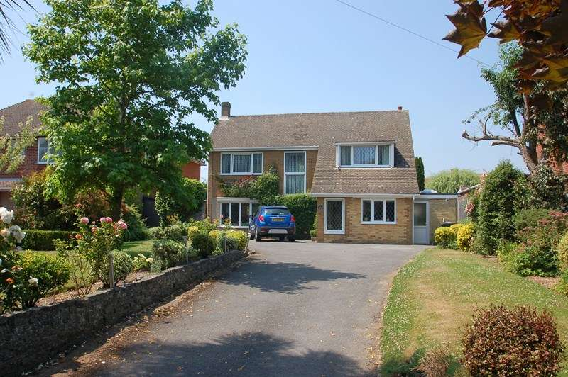 4 Bedrooms Detached House for sale in The Avenue, Alverstoke, GOSPORT