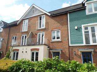 4 Bedrooms Terraced House for sale in The Lakes, West Malling, Aylesford, Kent